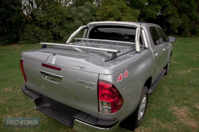 Grey ute Toyota Hilux Revo Sportlid for Tango