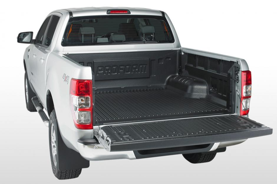 STX HILUX MK8 2016 ON REPLACEMENT REAR BUMPER IN BLACK