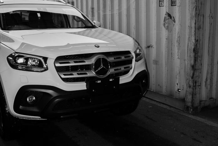 Mercedes Benz Ute X-Class photo badge close up