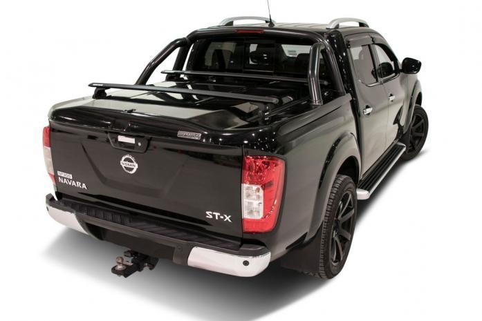 Nissan-Navara-Sportbar and racks