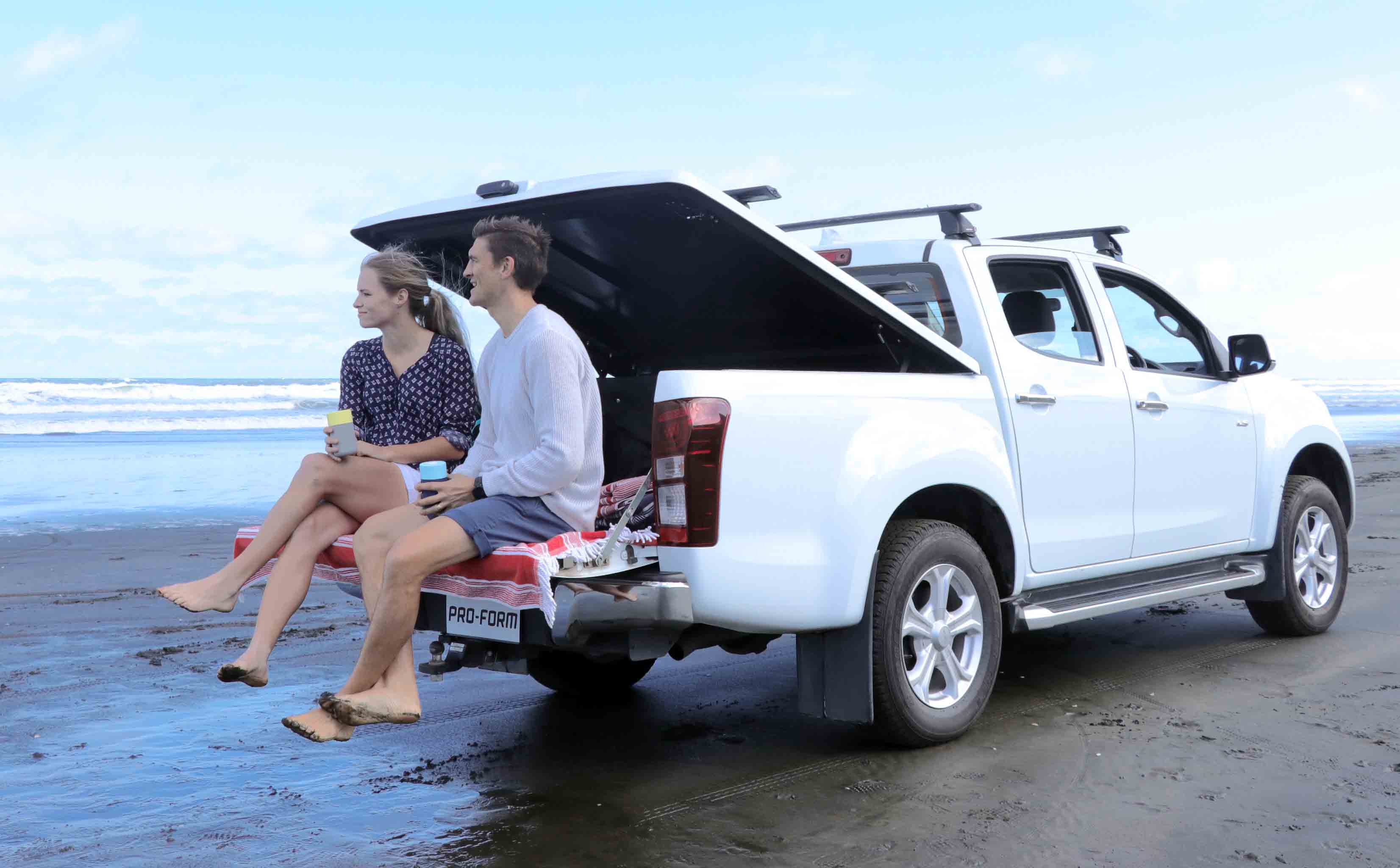 Canopy Hard Lid Roll Lid Or Soft Tonneau Cover Find The Best For Your Ute Pro Form